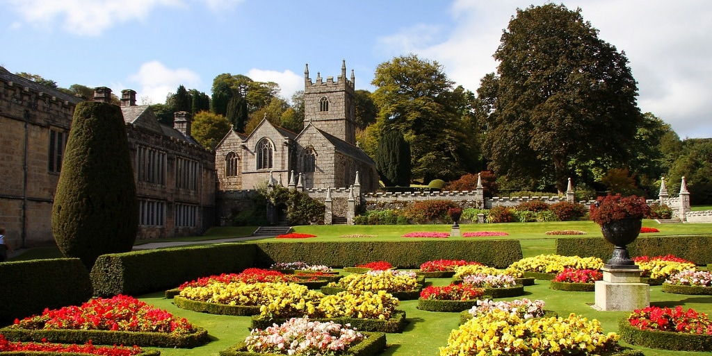 landhydrock house in cornwall